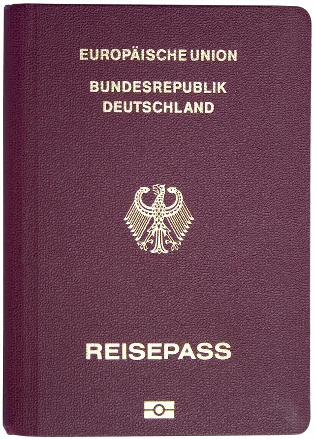 Cá Nhân cần có hộ chiếu là điều kiện đầu tiên cần có