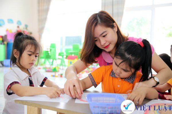 Điều kiện kinh doanh dịch vụ giáo dục