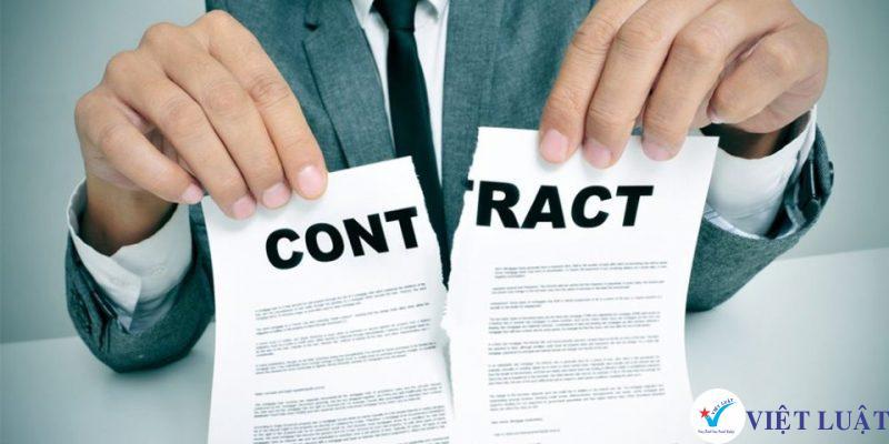Chấm dứt hợp đồng lao động trái pháp luật hậu quả pháp lý như thế nào ?